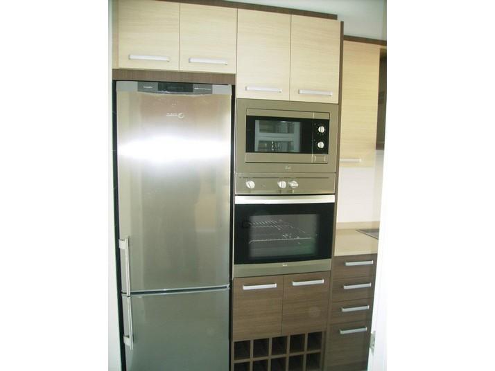 Muebles de cocina a medida en color roble claro
